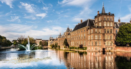 De Hague is the seat of government of Holland, which is run from the historic Binnenhof