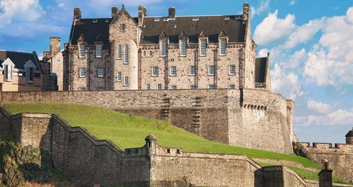 Visit Edinburgh Castle and explore its historic fortress during your next Scotland vacations.