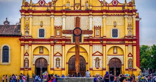 Stroll the streets of San Cristobal on your trip to Mexco