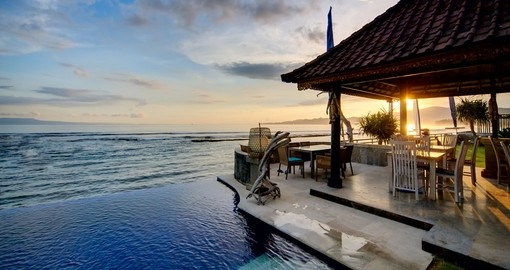 Picture perfect - sunset over the balinese coastline is just one of many photo opportunities on your Bali vacation