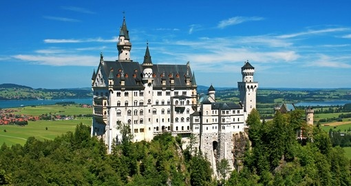 A highligh of any Germany vacation is a visit to the Romanesque Neuschwanstein