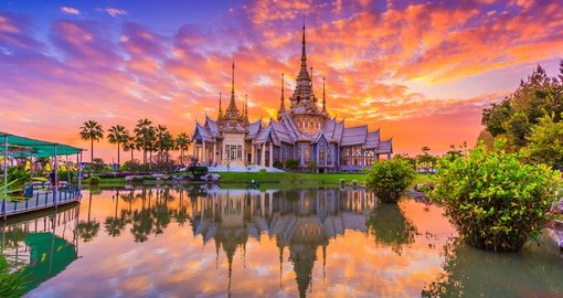 Thailand sunset over the beautiful Wat None Kum temple is a great inclusion for all Asia tours.