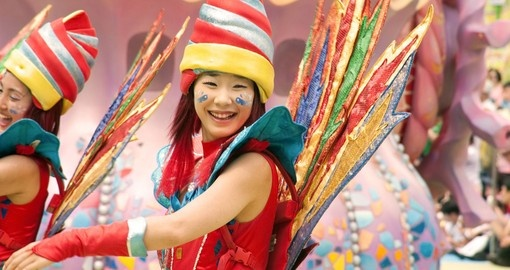 Dancers in colorful costumes - great photo opportunities while on Korea tours
