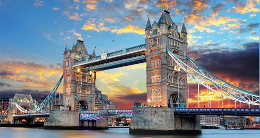 One of London's iconic structures, Tower Bridge was built between 1886 and 1894