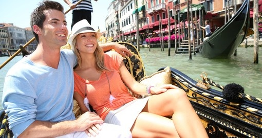 Take a Gondola Ride while on your Italy vacation