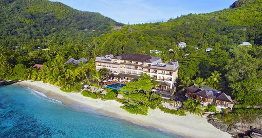 Ideally located in Anse Forbans, Allamanda Resort & Spa boasts a romantic and superb private beach