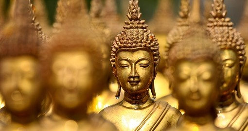 Buddha Statues are everywhere in Thailand. Be sure to take lots of photos on your Thailand vacation packages.
