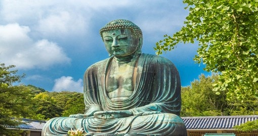 Trek throughout the greenery and visit the Great Buddha statue on your Trip to Japan