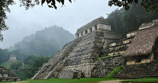 Palenque's Mayan ruins are a great photo opportunity during your Mexico tour