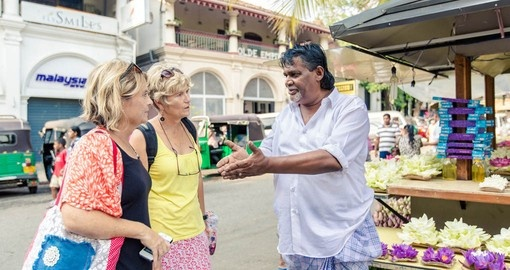 Enjoy a day of shopping in Kandy on your Sri Lanka vacation