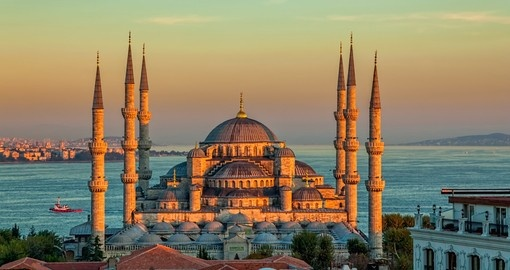 Blue mosque in glorious sunset, Istanbul